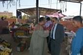 سكرتير عام محافظة الوادى الجديد يتفقد سوق الخميس الاسبوعى لتوفير احتياجات المواطنين باسعار مخفضه