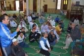 محافظ الوادى الجديد يلتقى بالمواطنين بالمجمع الاسلامى بمدينه الخارجه ويستمع الى مشاكلهم