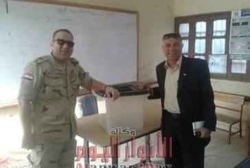 رئيس مدينه سمسطا ببنى سويف يتابع العملية الانتخابية داخل اللجان