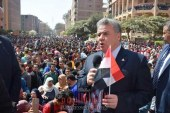 وقفة تضامن لدعم الجيش والشرطة بجامعة بنها