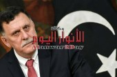 السراج يعفي وزير دفاعه الإنقلابي من مهامه كلياً