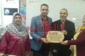 تكريم الدكتور محمد القللي بمدرسة جمال الدين شيحه بمحافظة دمياط