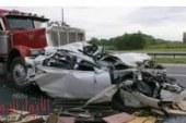 مصرع مصريين اثنين وإصابة 8 في حادث سير مروع بالكويت