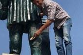 تشوه تمثال الخديوى اسماعيل واعادة ترميمة بالاسماعيلية
