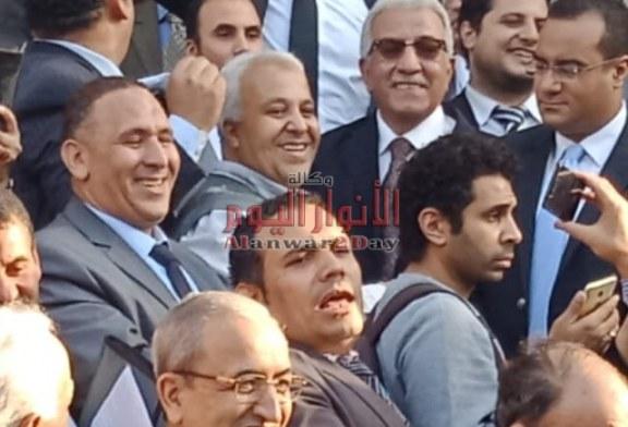 """بالصور…انتفاضة المحامين ضد قرار """"قرض"""" مجلس النقابة"""